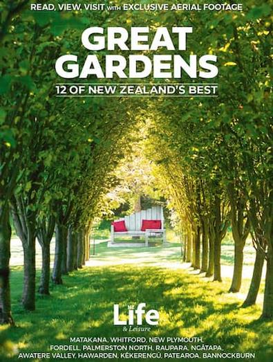 Great Gardens: 12 of New Zealand's Best cover